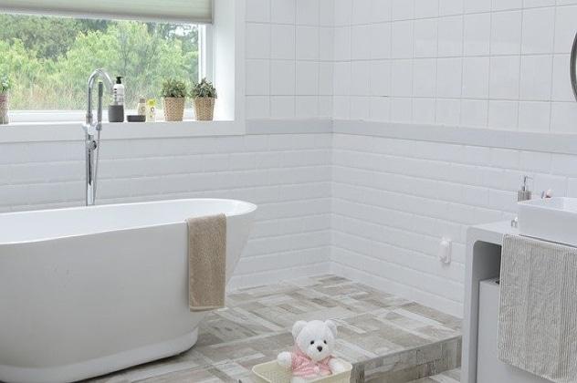 Badezimmerzubehör für Erwachsene